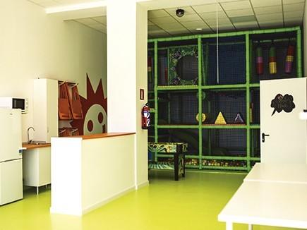 Locales para fiestas infantiles y cumplea os en collado for Sala 8 collado villalba